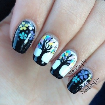 Pastel tree flowers nail art by Lichelle (NailsbyLichelle)