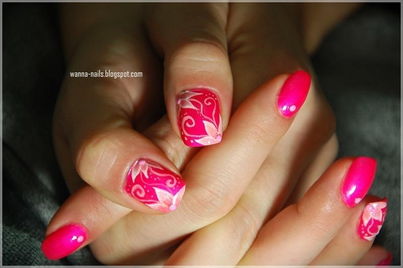 Pink flowers nail art by Oana Chiciu