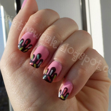Dripping nails nail art by Kasia