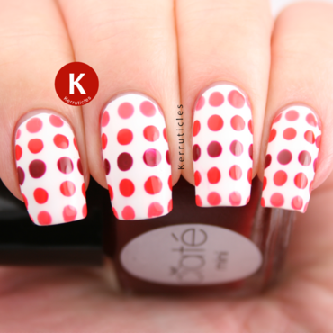Red and coral dotted gradient nail art by Claire Kerr