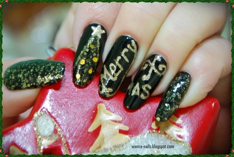 Merry Christmas nail art by Oana Chiciu