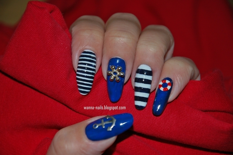 Nautical nail art by Oana Chiciu