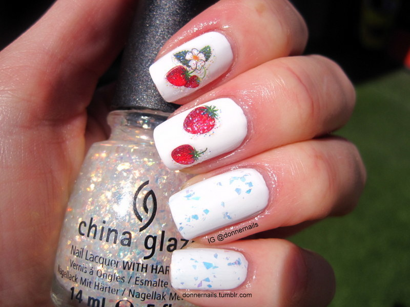 Strawberries & Cream nail art by Donner
