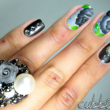 One-Stroke Flowers (inspired by a ring) nail art by Cubbiful