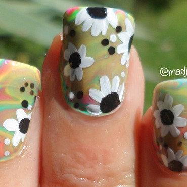 Daisy Water Marble Nail Art nail art by madjennsy Nail Art