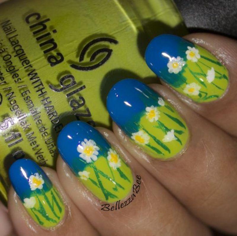 Fresh Daisies nail art by Naomi Hing