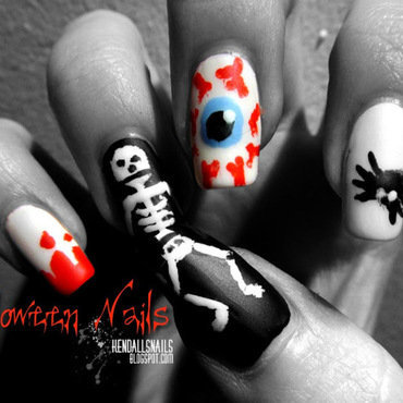 Halloween nail art by Julia Friedel