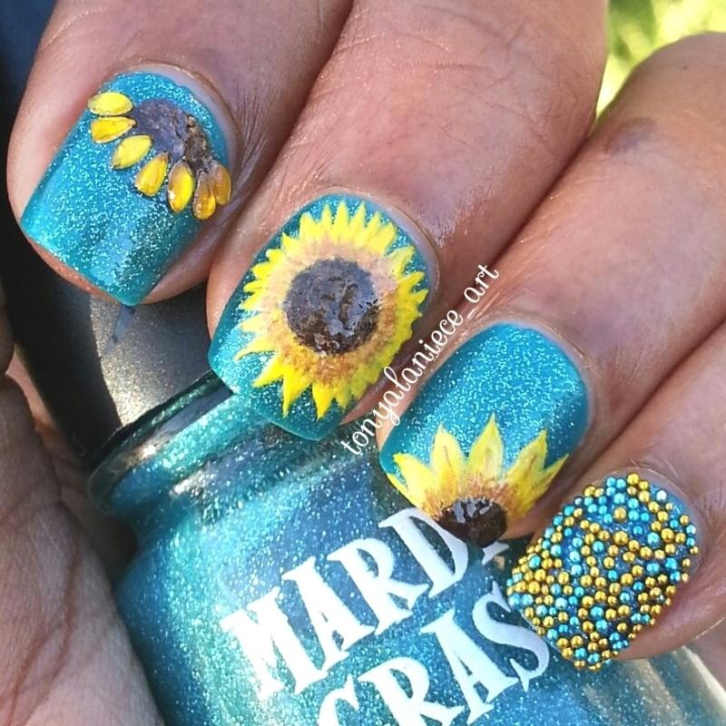 Sunflower Manicure nail art by Tonya