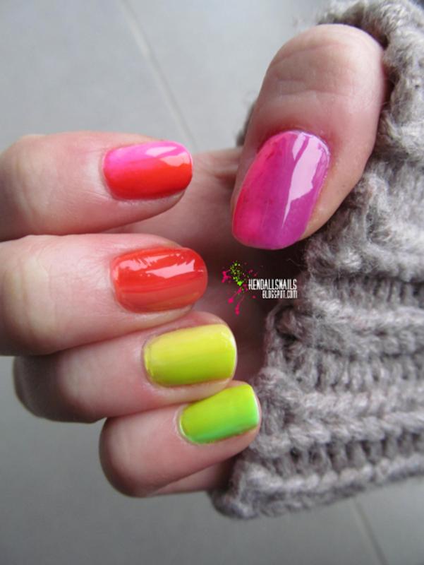 Rainbow Gradient nail art by Julia Friedel