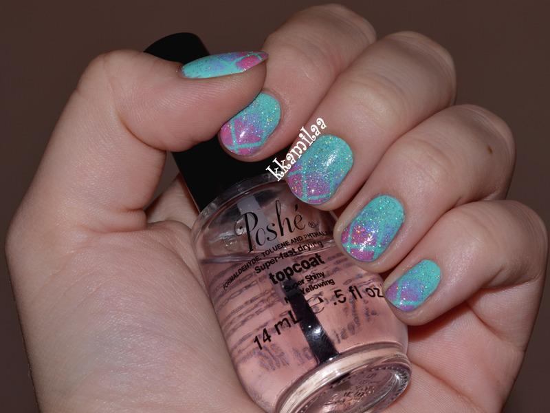 Winter Gradient nail art by Kamila