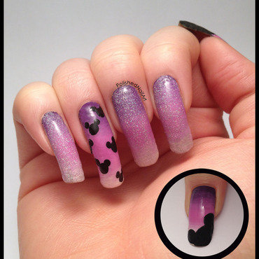 Disney World Nail Art (non dominant hand) nail art by Carrie