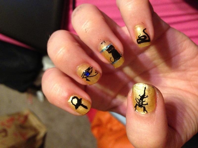 Walk Like an Egyptian nail art by Snowwhitequ33n