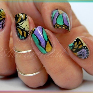 Papillons holografique nail art by BAurorenail