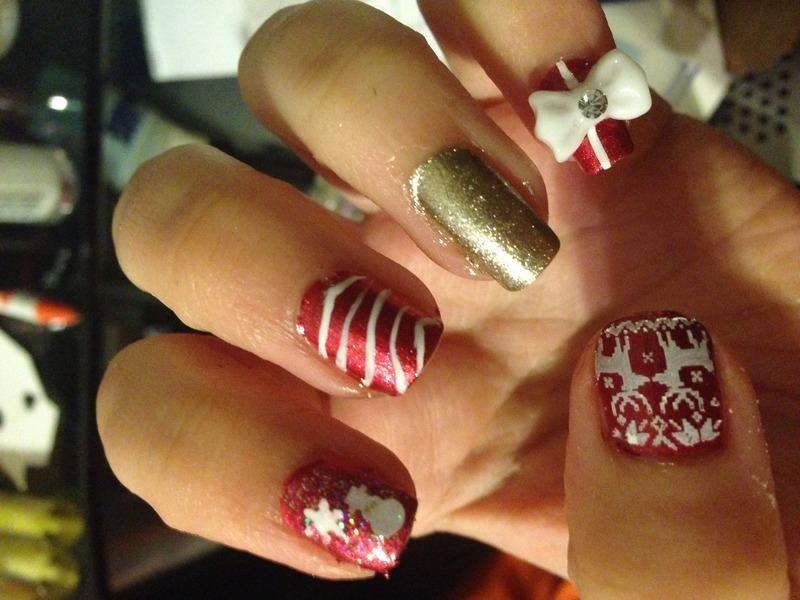 Christmas nail art by Snowwhitequ33n