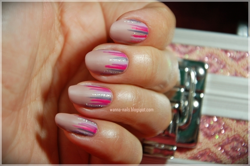 Pink matte waterfall nail art by Oana Chiciu