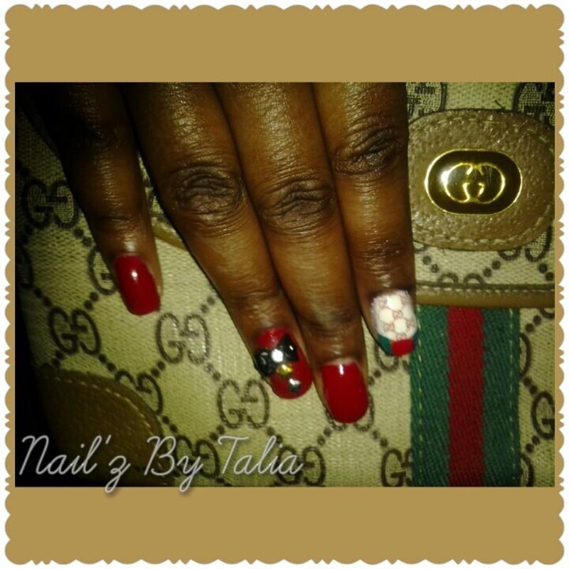 Gucci This, Gucci that nail art by taliatatztips