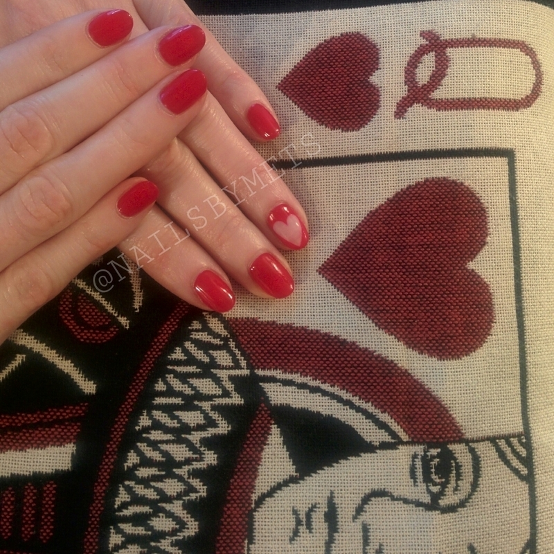 Negative Space Heart nail art by Mets