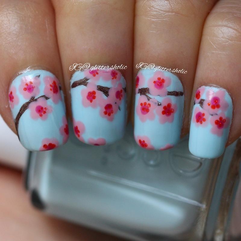 Sakura (cherry blossom) nail art by Yen
