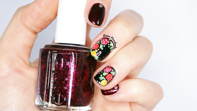 Vintage rose  nail art by Panna Marchewka