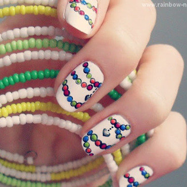 Beads nail art by Oliwia