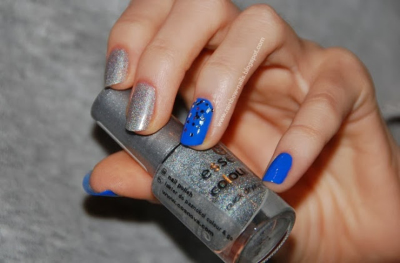 Blue&silver nail art by Oliwia