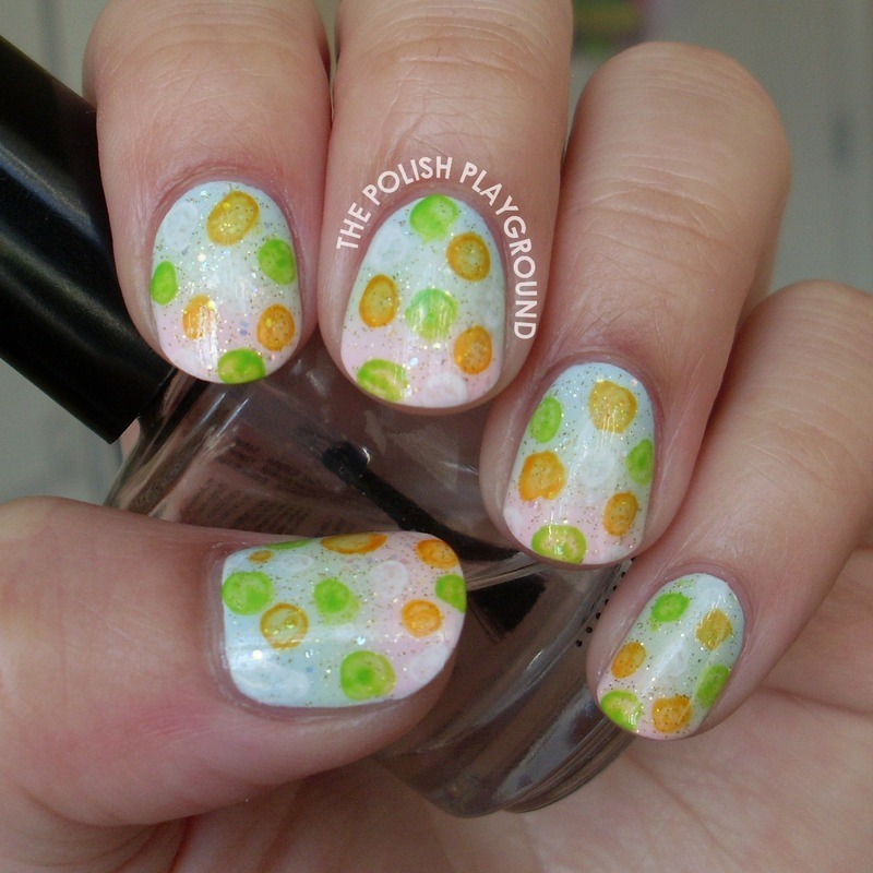 Bubble Print Gradient nail art by Lisa N