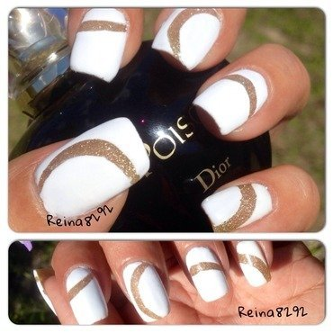 Glittery white nail art by Reina