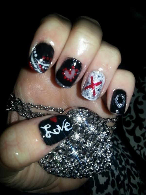 Dark Valentine nail art by britalovez