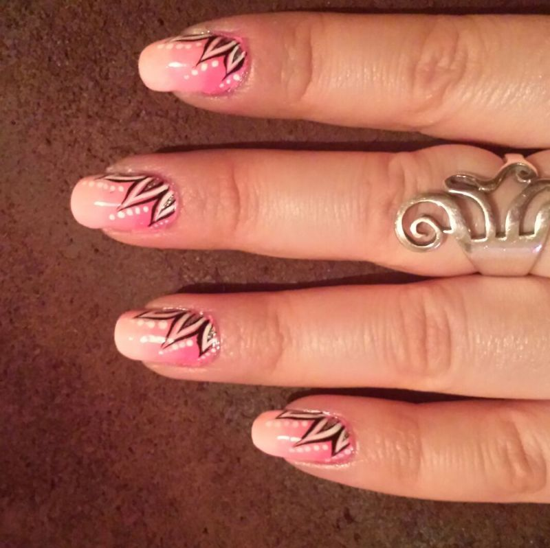 pink ombre  nail art by Danielle  Hails