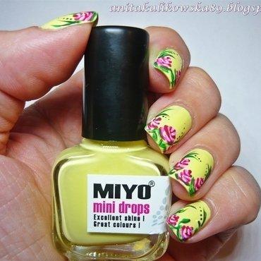 Hello spring :) nail art by Anita
