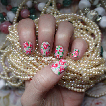 Vintage Rose Wallpaper nail art by Renata Ralbovsky