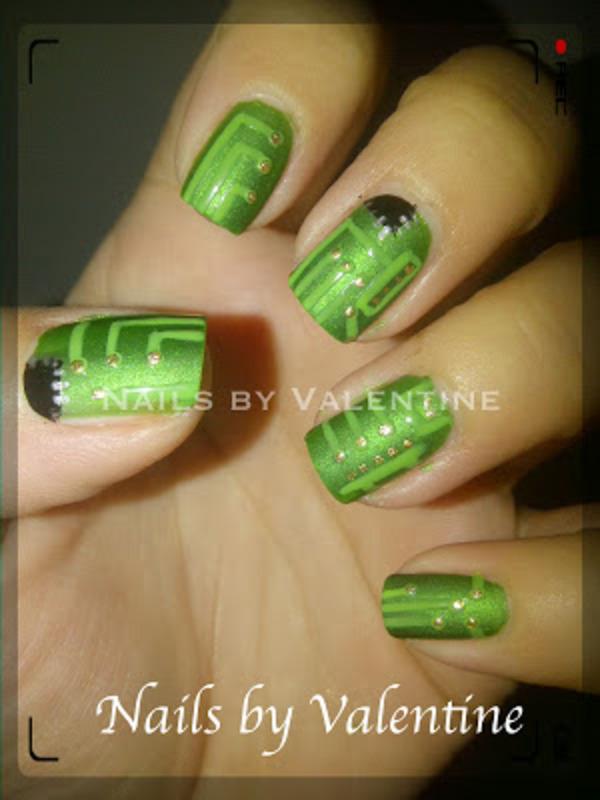 Gigabite Nails nail art by Sarah
