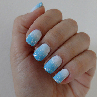 Winter Morning nail art by Anna Chedid