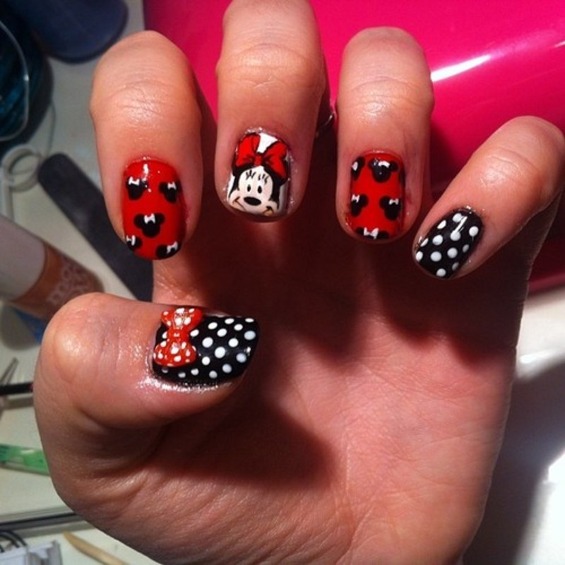 Minnie Mouse  nail art by Bethany Drewe