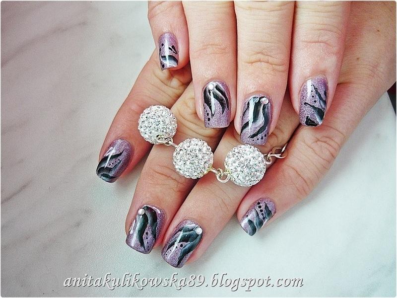 One Stroke nails nail art by Anita