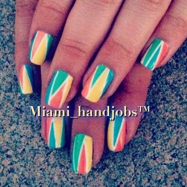 Spring love.  nail art by Miami_handjobs