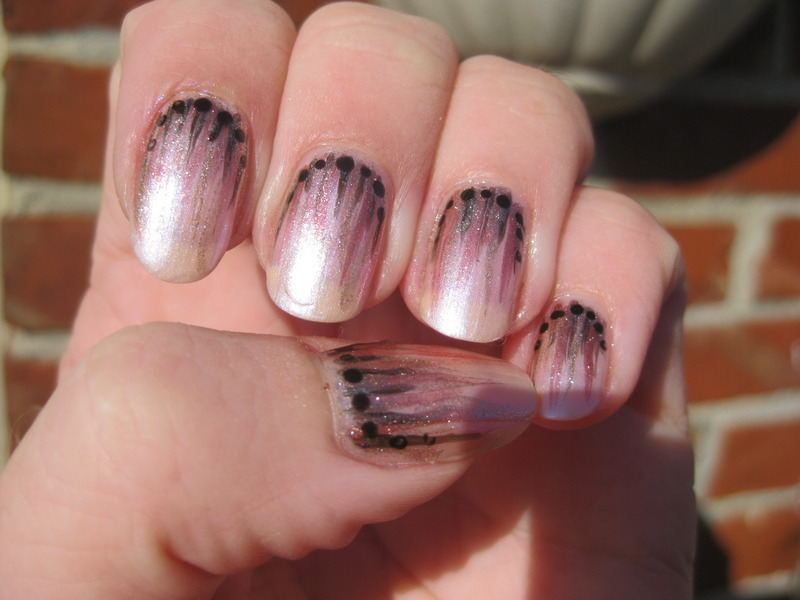 Subtle striping nail art by Vicky