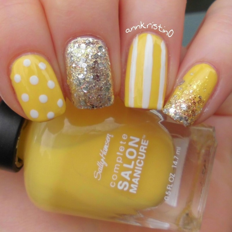 Yellow Vintage Nails nail art by Ann-Kristin
