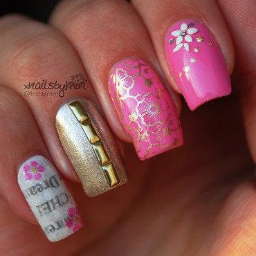 Flowers and newspaper nailart nail art by xNailsByMiri