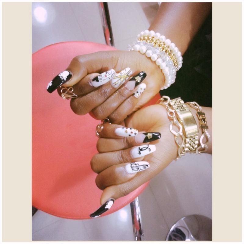 Gold  nail art by Prince  Eyo nsa
