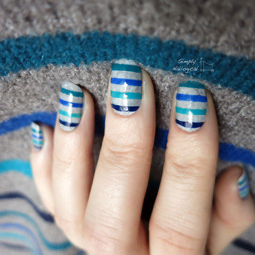 Turquoise stripe mani nail art by simplynailogical