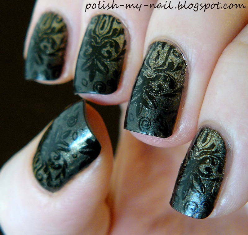 Gold gradient and stamps nail art by Ewlyn