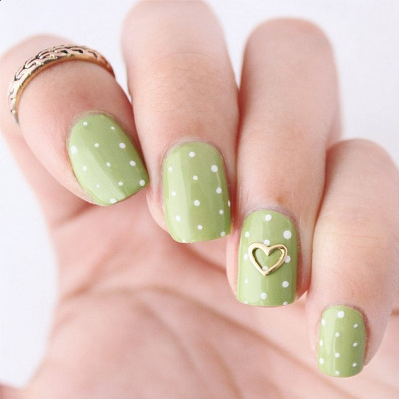 St. Paddy's Polka Dot Mani nail art by Jasmine (Californails)