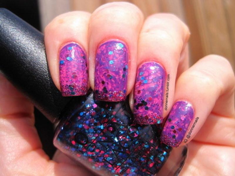 Saran Wrap & Glitter nail art by Donner