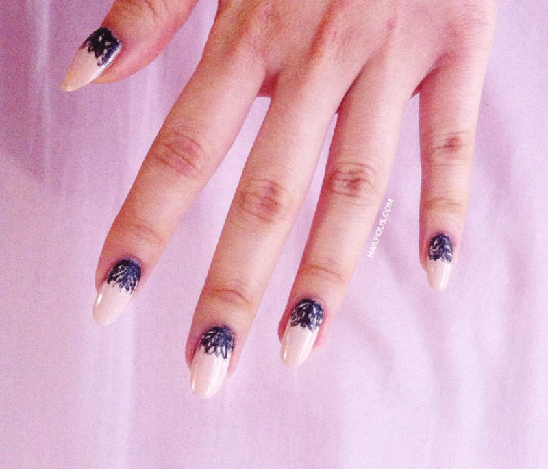 Black lace moon (freehand) nail art by Michelle
