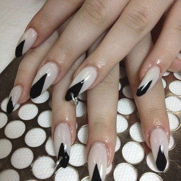 Pierced Black Diamond nail art by Victoria Zegarelli nail bar Lounge