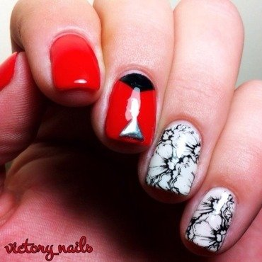 Poppies nail art by Nicole