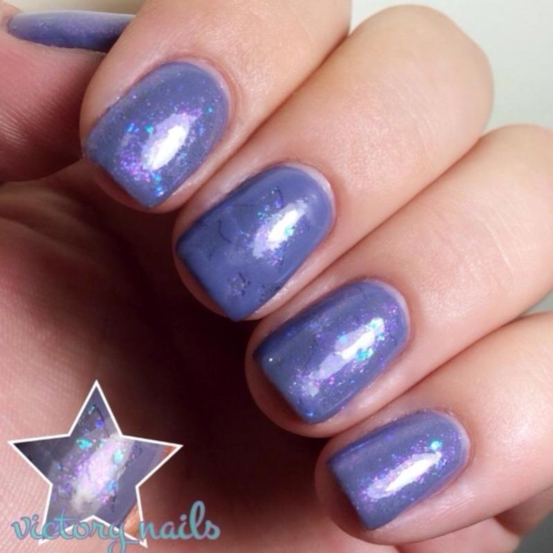 Flakey Stars nail art by Nicole