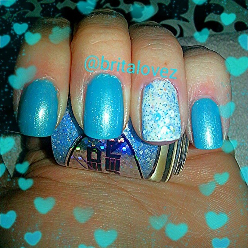 Blue Ice nail art by britalovez