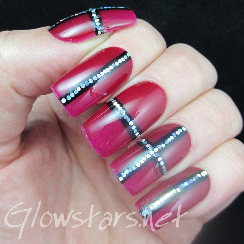 Some static is lulling me to sleep nail art by Vic 'Glowstars' Pires